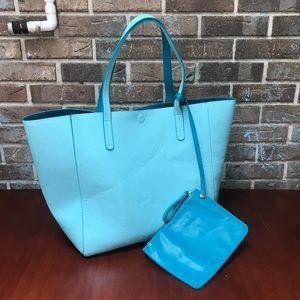 Handbags - Extra Large Aqua Tote w/Wallet